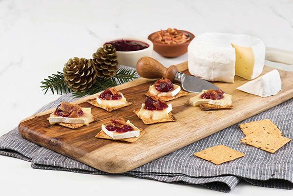 Bacon, Baked Brie and Cranberry Holiday Melts