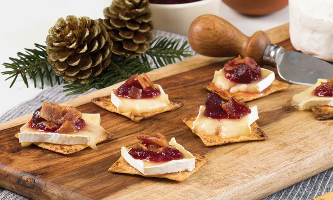 Recipe: Bacon, Baked Brie and Cranberry Holiday Melts