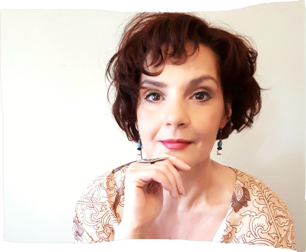 California Pretty Magazine Interviews: Recording Artist, Singer, & Songwriter – Tia McGraff