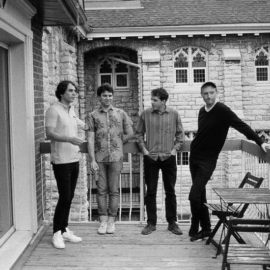 Group Photo of the band Kiwi Jr