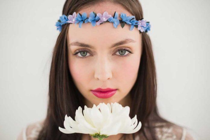 Pretty Hippie Floral Headband - California Pretty Magazine