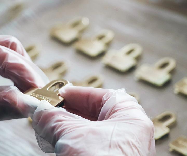 Sustainable Vegan Handbag Manufacturer - Autron Industry - China - California Pretty Magazine